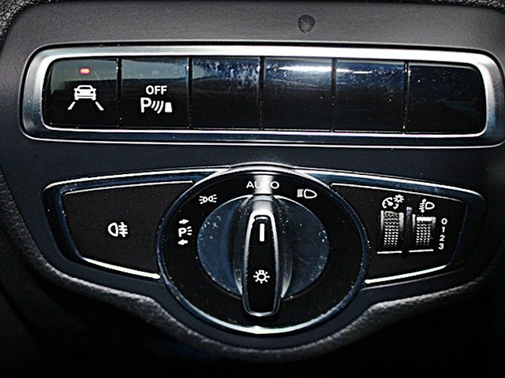 Mercedes-Benz C 180 Lim Exclusive Automatik