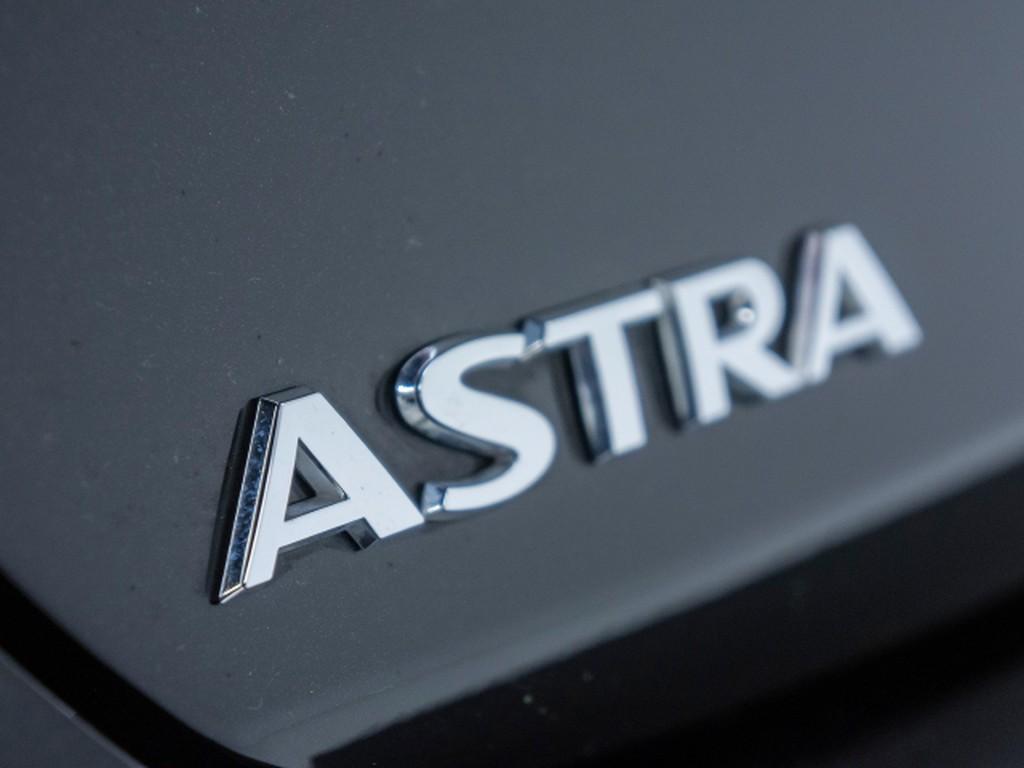 Opel Astra 1.0 K 120 Jahre Turbo (55)