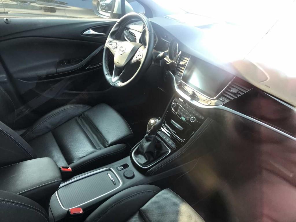 Opel Astra Sports Tourer StopInnovation
