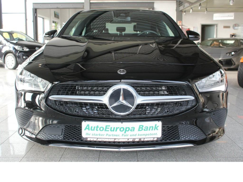 Mercedes-Benz CLA 200 Progressive TELE 18