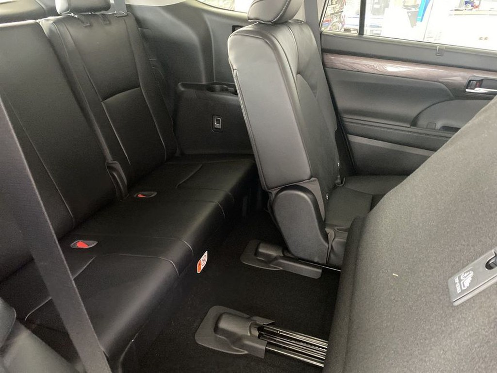 Toyota Highlander 2.5 Hybrid Luxury