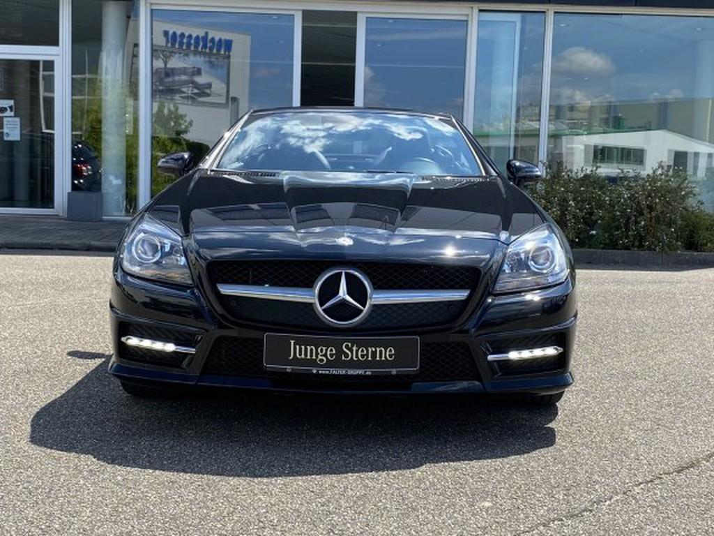 Mercedes-Benz SLK 200 AMG HARMAN-KARDON