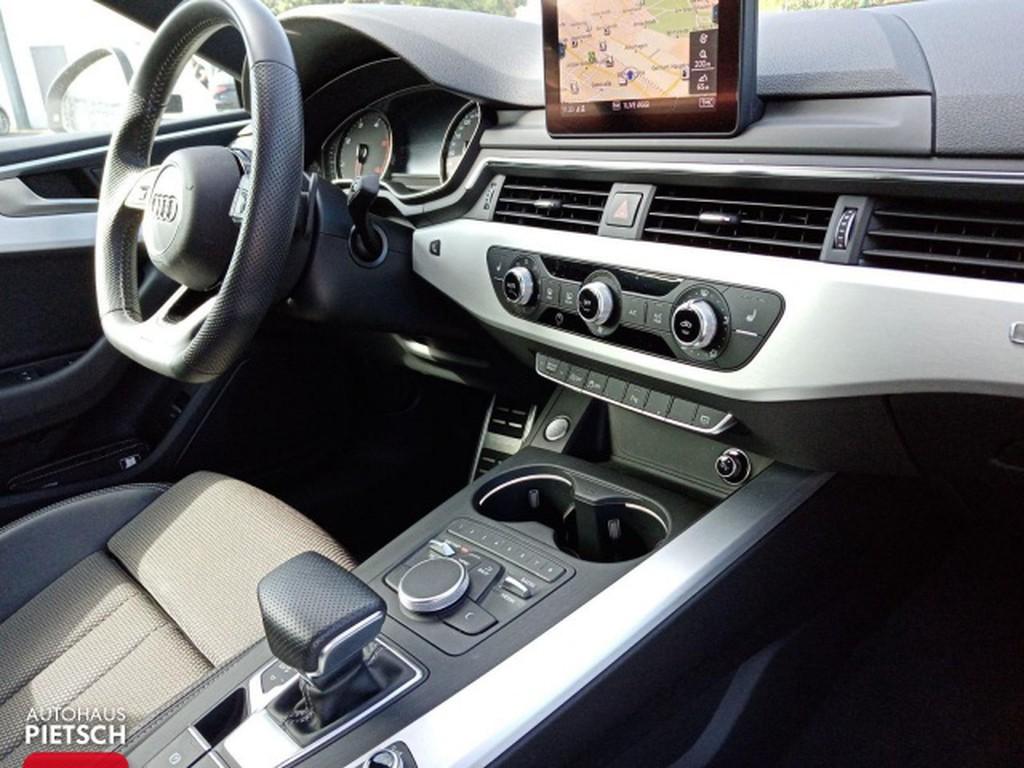 Audi A5 2.0 TDI quattro Coupé S line