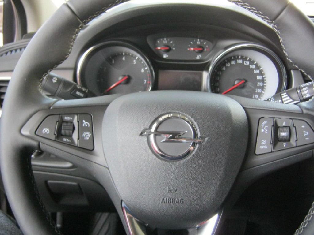 Opel Astra 1.4 K 120 Jahre Turbo