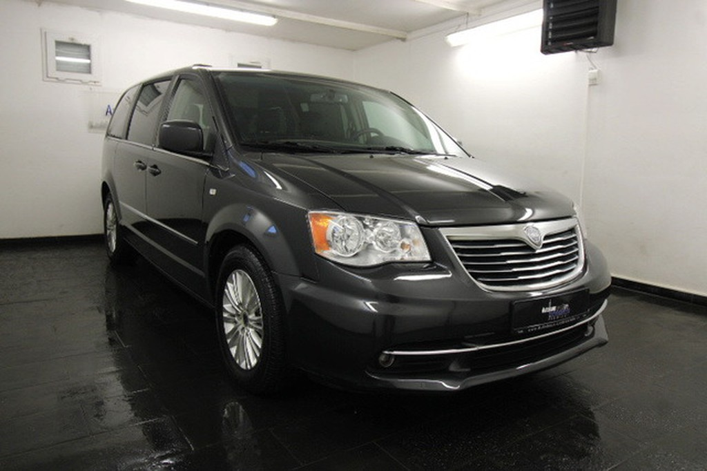 Lancia Voyager 2.8 CRD GOLD STOWN GO  