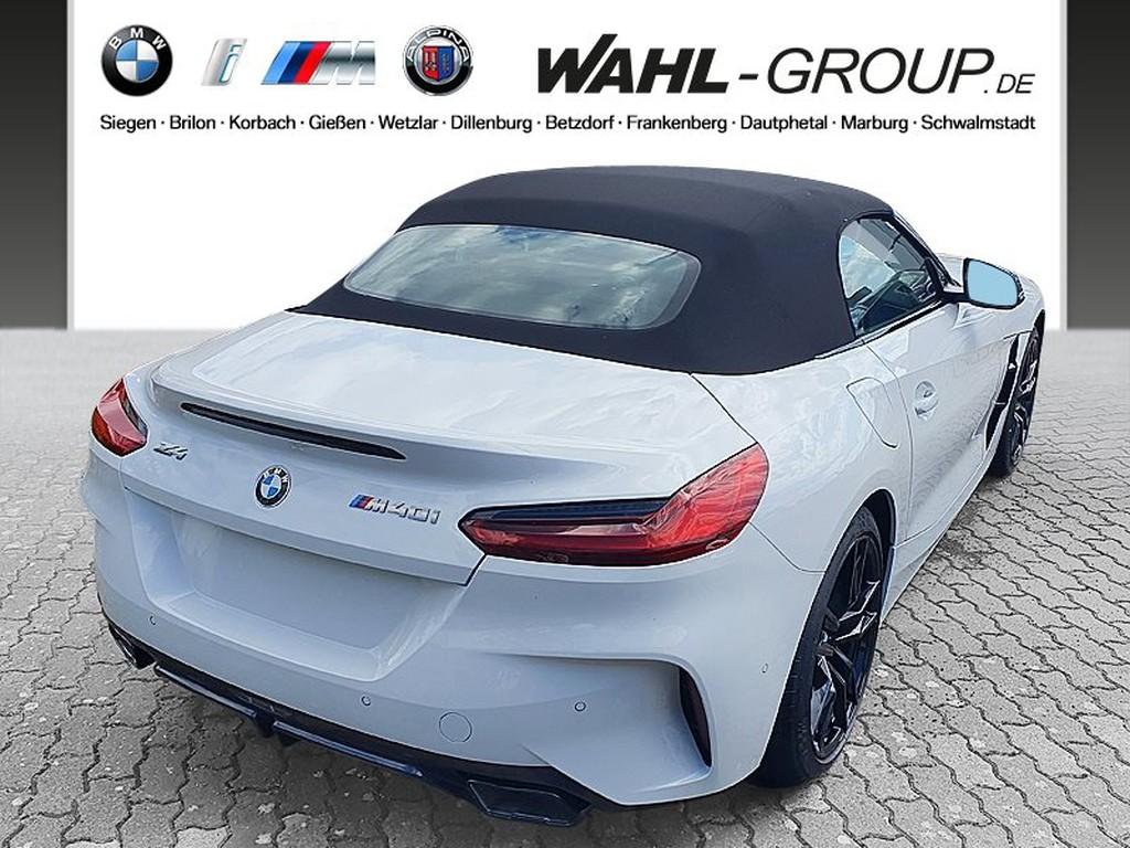 BMW Z4 M 8.8 40i   UPE 743 EUR