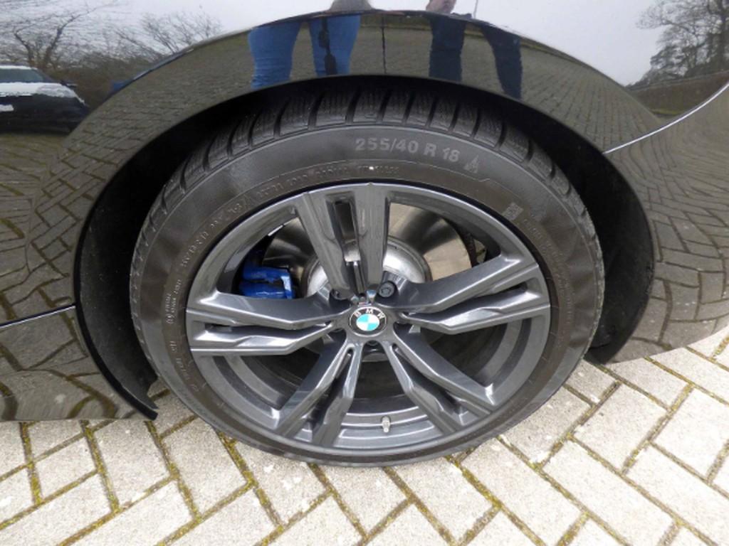 BMW Z4 M 0.2 40i Roadster UPE 700 - AD Multif Lenkrad