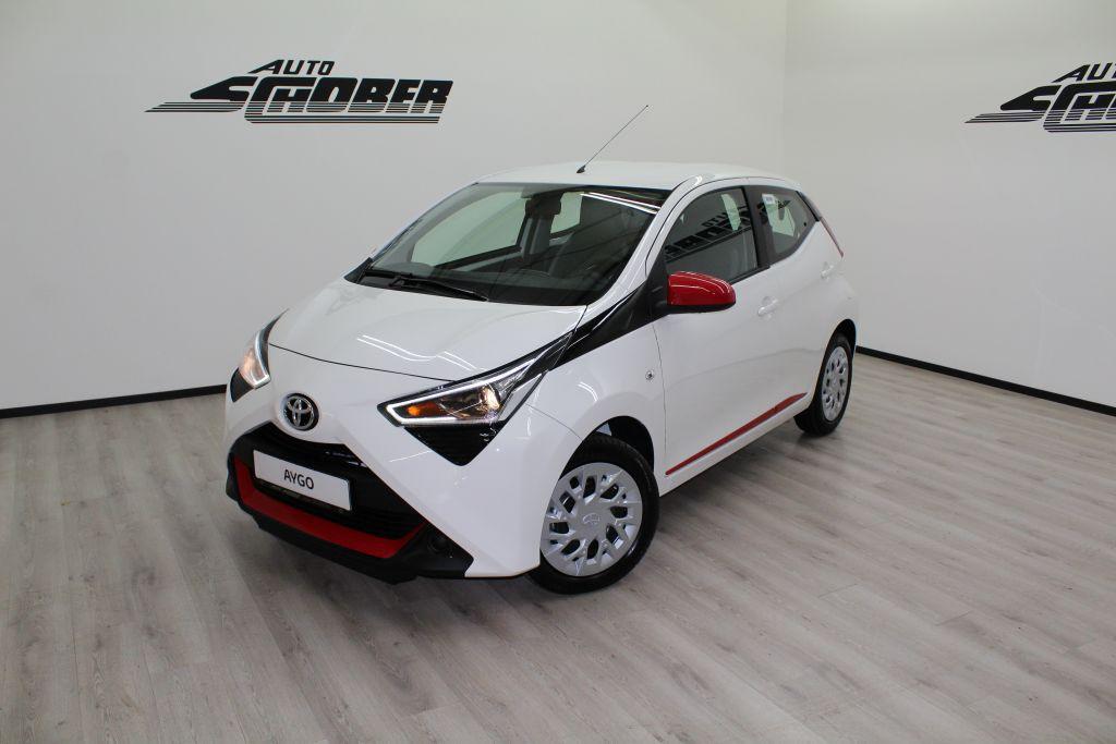 Toyota Aygo x-play Red & White - verfügbar
