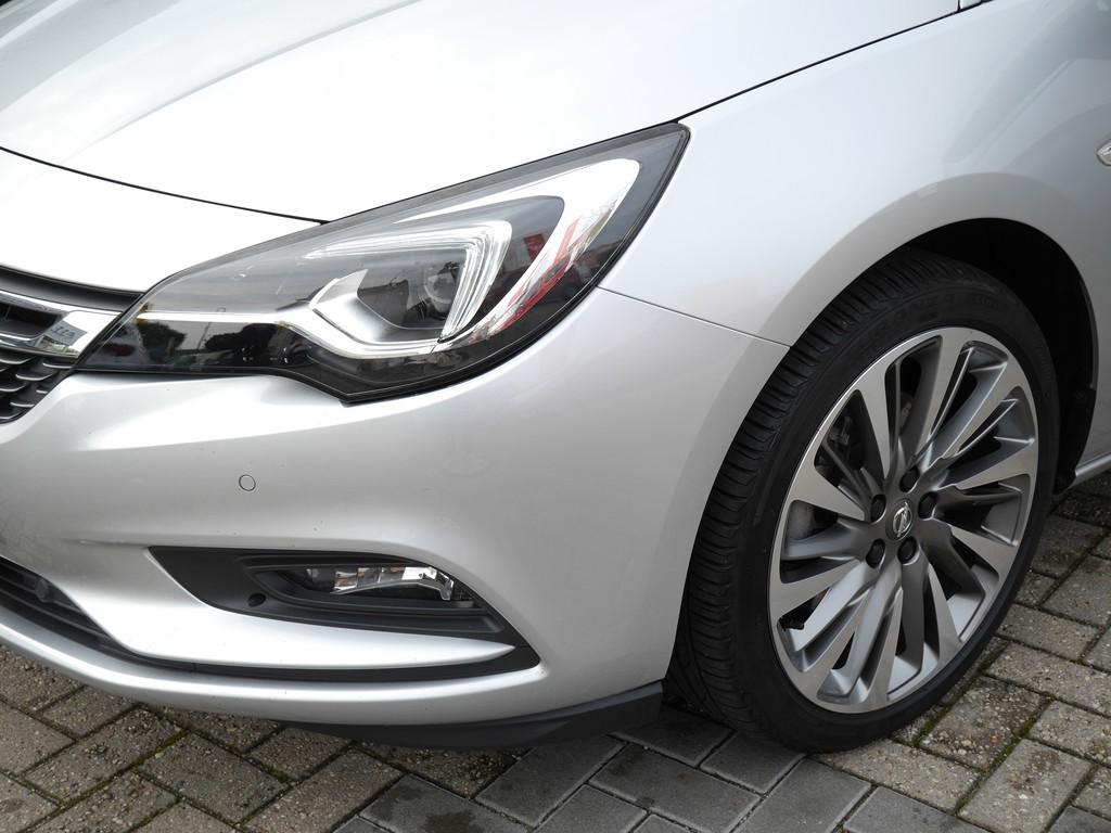 Opel Astra 1.6 ST Innovation