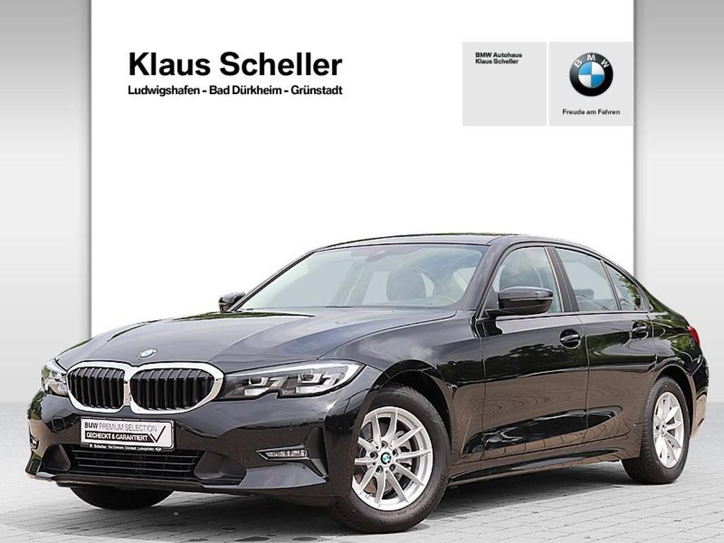 BMW 320 i Limousine Advantage