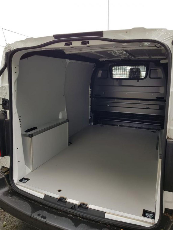Opel Vivaro 2.0 D Cargo M EHZ Edition