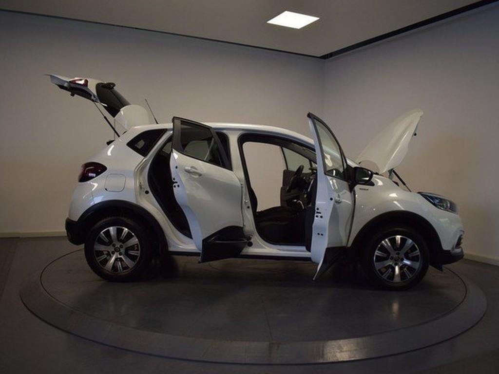 Renault Captur Limited und Inspektion neu