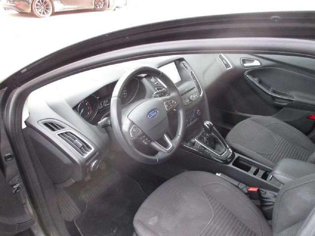 Ford Focus Focus Titanium