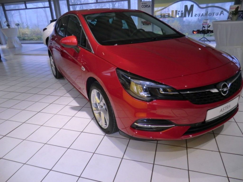 Opel Astra 1.2 T S S& Hzg