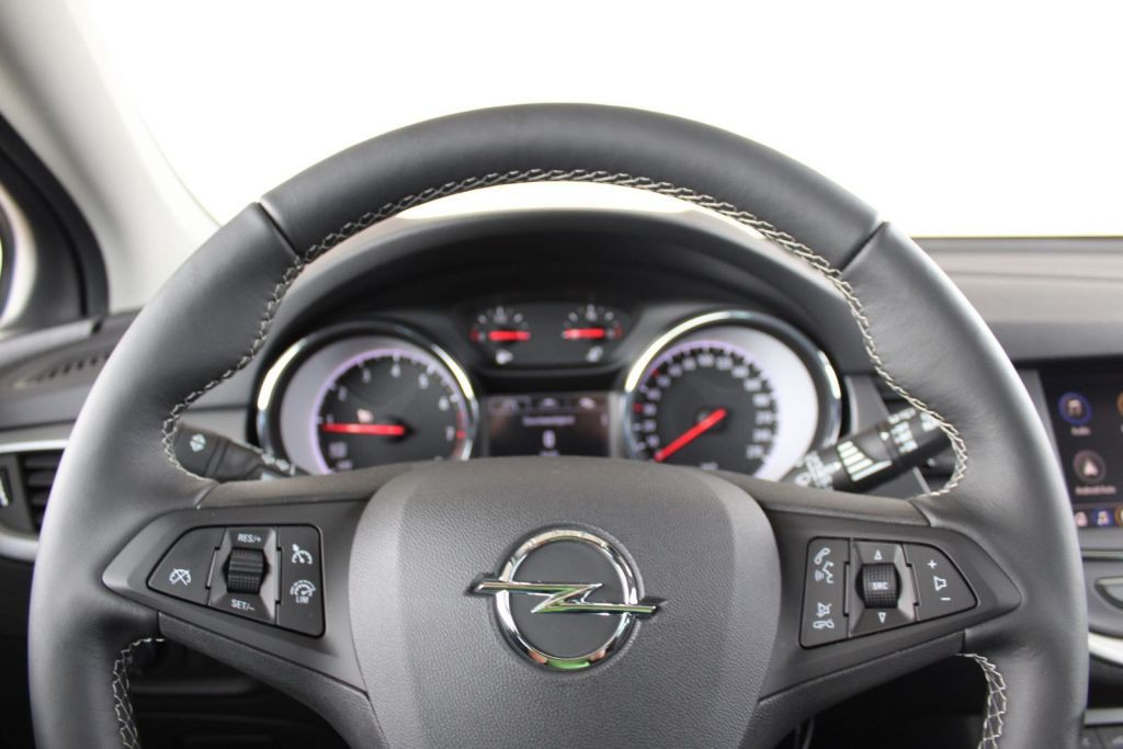 Opel Astra 1.2 Turbo 120 Jahre