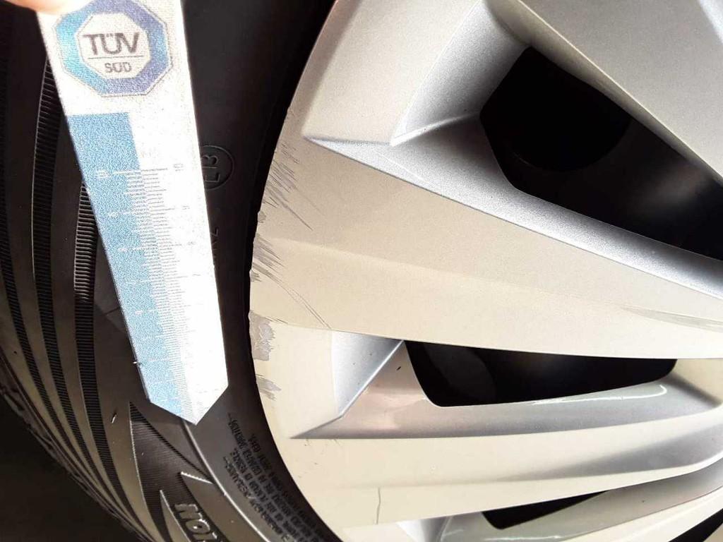 Volkswagen Golf 1.0 TSI Trendline 63kW
