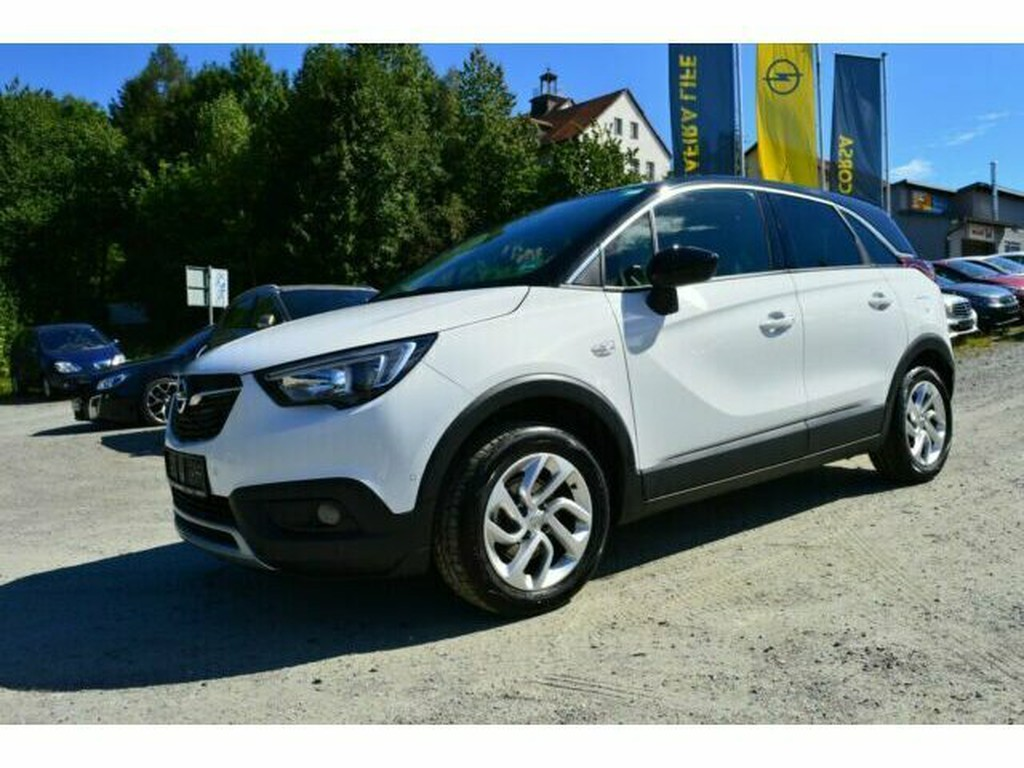 Opel Crossland X INNOVATION Black & White