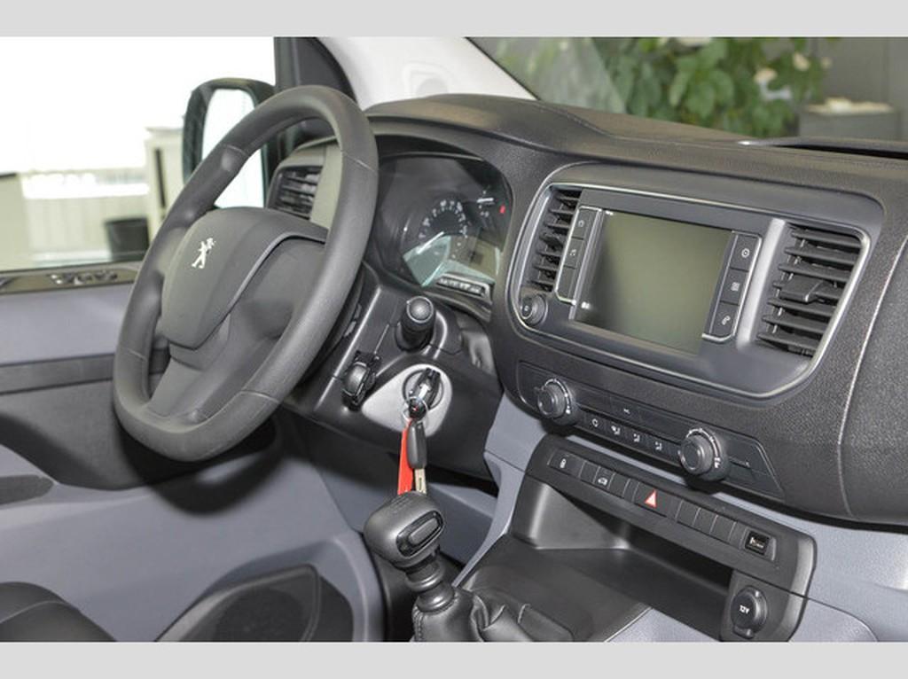 Peugeot Expert L2H1 Avantage Edition 150 EPH