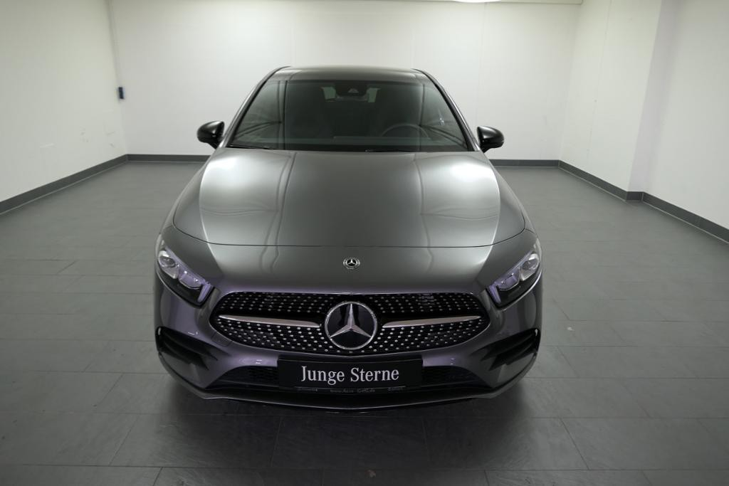 Mercedes-Benz A 250 AMGline Night Distonic Burmester