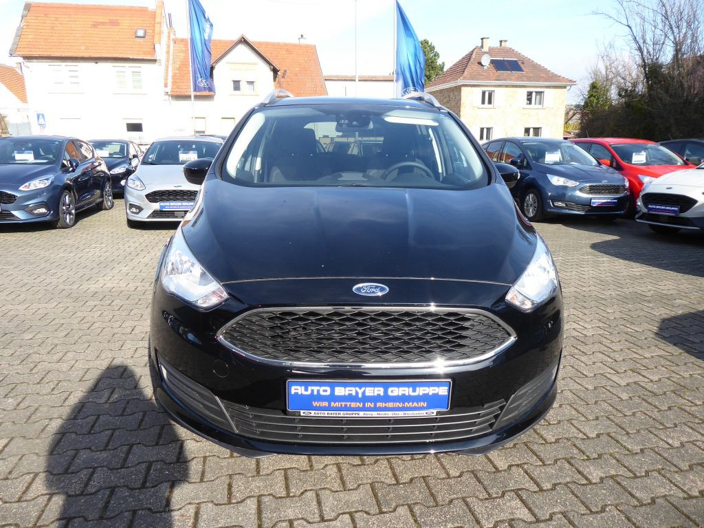 Ford Grand C-Max Trend inkl FGS