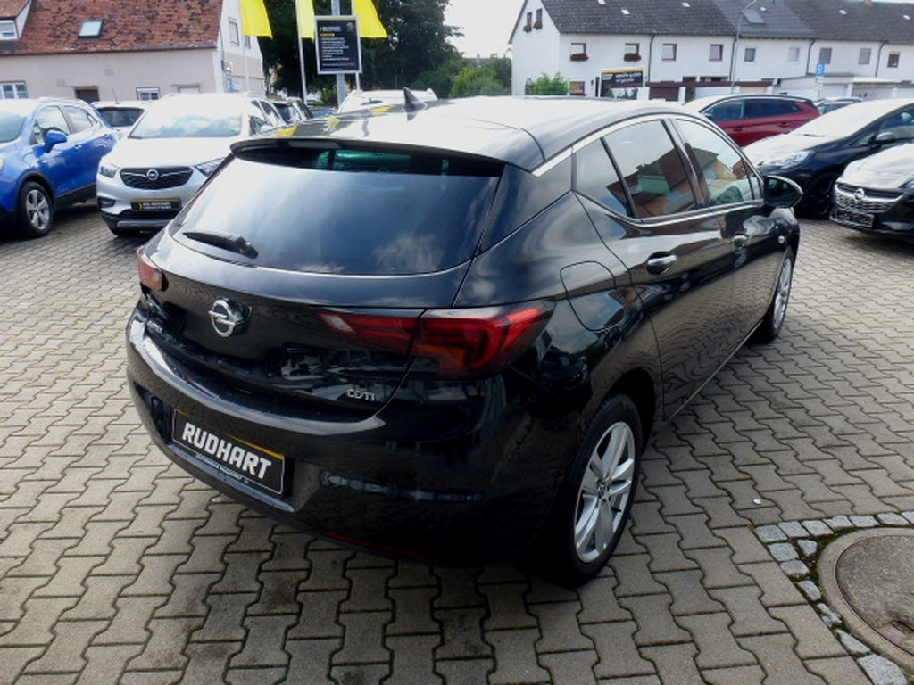 Opel Astra 1.6 D Dynamic 2xKamera