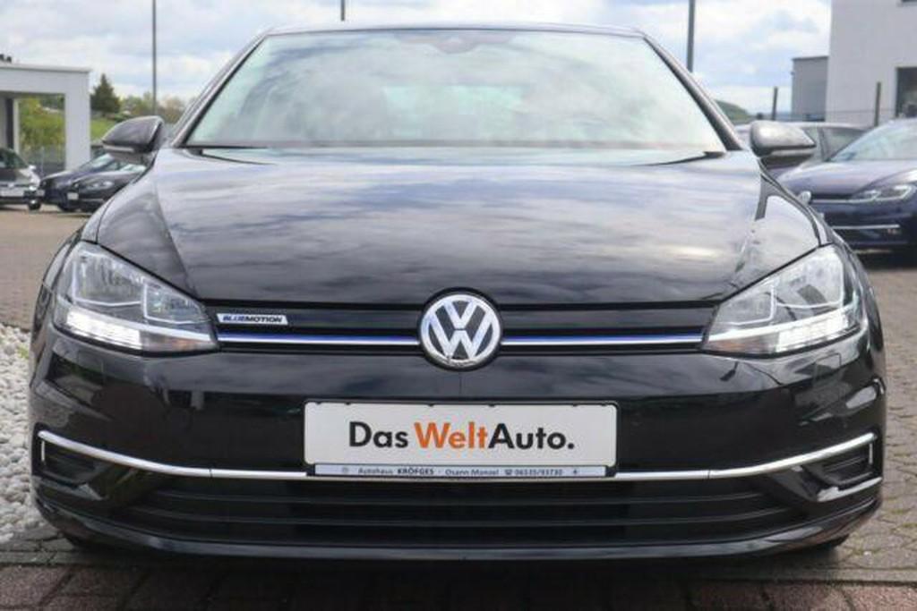 Volkswagen Golf 1.5 TSI VII IQ Drive