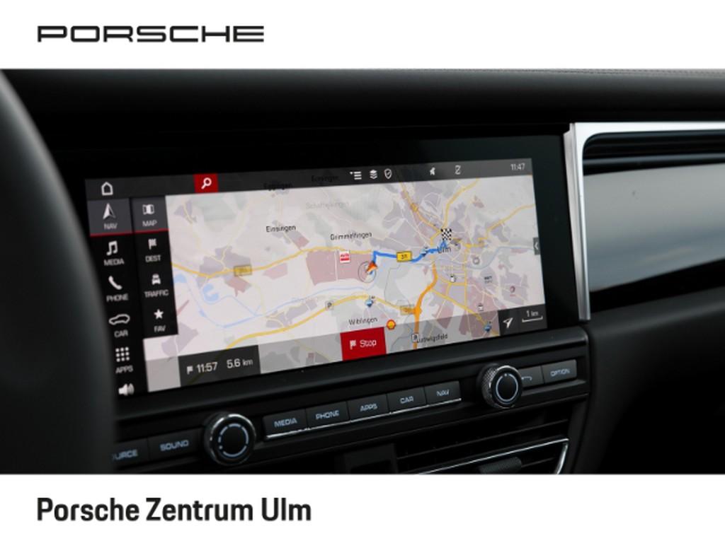 Porsche Macan S Stauassistent Sportabgasnalage