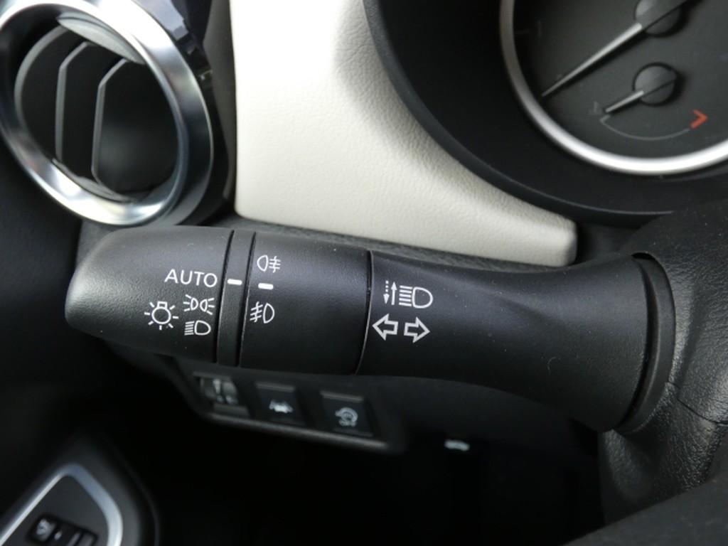 Nissan Micra 1.0 N-Way IG-T EU6d-T Multif Lenkrad
