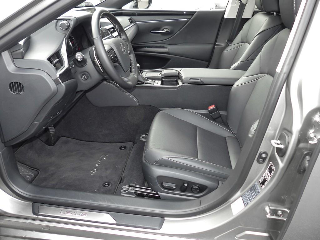 Lexus ES 300 h Comfort