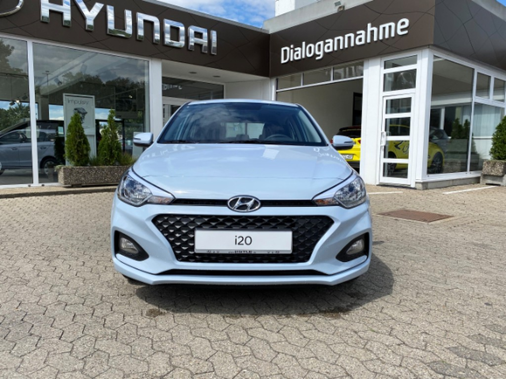 Hyundai i20 1.2 New FL Benzin M T 7 Select Ladeanschluss Multif Lenkrad