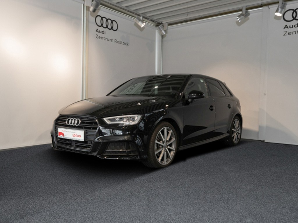 Audi A3 1.5 TFSI Sportback S-LINE BLACK RADA