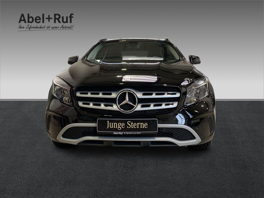 Mercedes-Benz GLA 180 STYLE