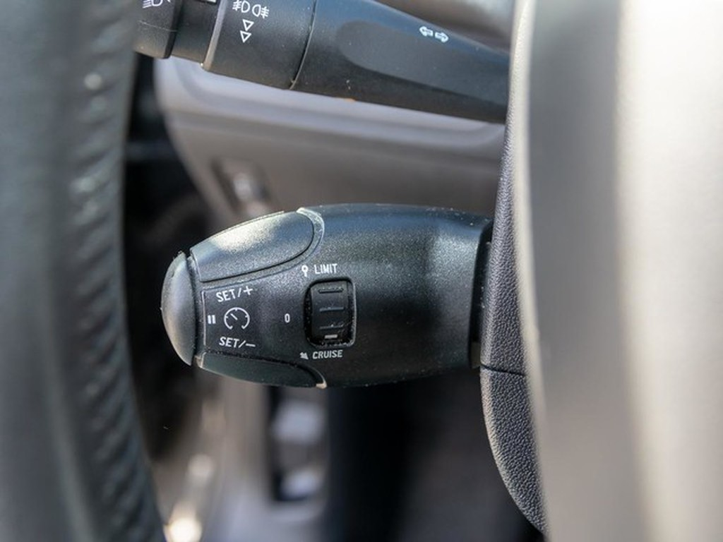 Peugeot 2008 Active 82 M5