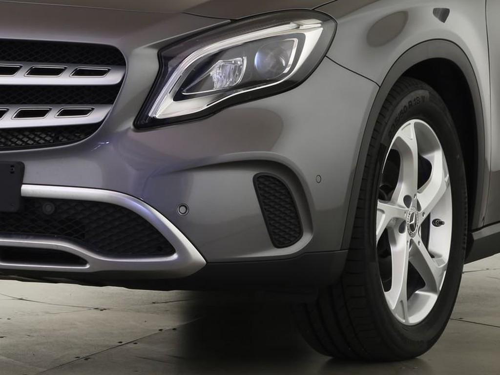Mercedes-Benz GLA 200 URBAN BUSINESS EASY-PACK