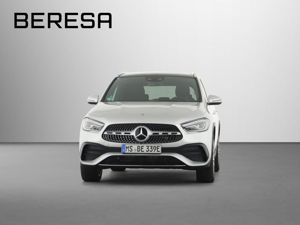 Mercedes-Benz GLA 250 e AMG Burmester