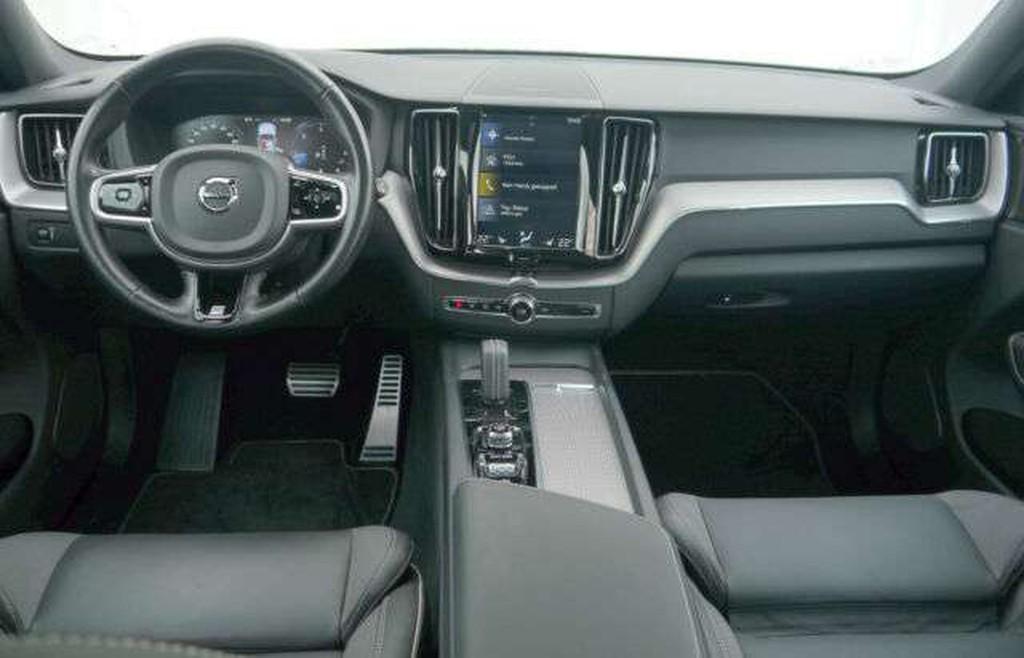 Volvo XC 60 B4 D AWD R Design -