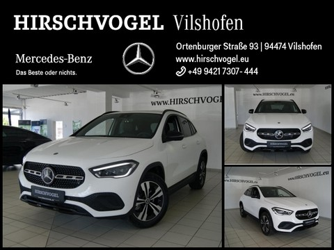 Mercedes-Benz GLA 200 Progressive Night MBUX