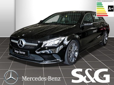 Mercedes-Benz CLA 200 Shooting Brake d Urban Parktr
