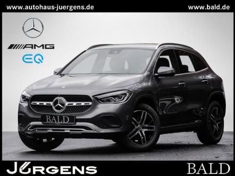 Mercedes-Benz GLA 200 Progressive MBUX A