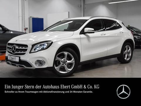 Mercedes-Benz GLA 180 °