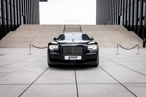 Rolls-Royce Ghost Black Badge SpiritEcstasy Starlight Theatre
