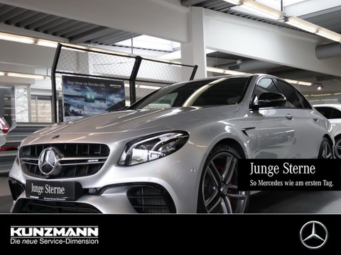 Mercedes-Benz E 63 AMG S Limousine Night Drivers Package