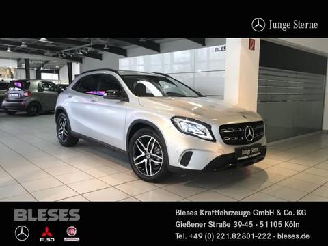 Mercedes-Benz GLA 200 Urban Night Perf Digit