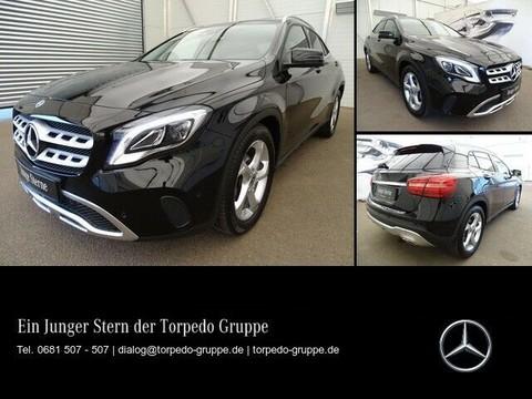 Mercedes-Benz GLA 200 MEDIADISPLAY R