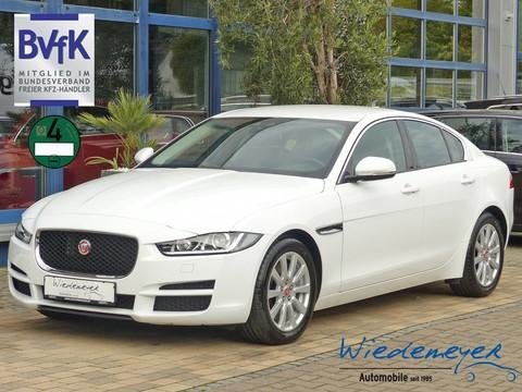 Jaguar XE 2.0 t Pure