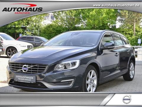 Volvo V60 D2 Momentum -