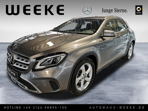 Mercedes-Benz GLA 180 URBAN MEDIA-DISPL LADERAUM DIGITAL