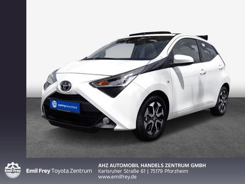 Toyota Aygo x-play Team Deutschland Sky
