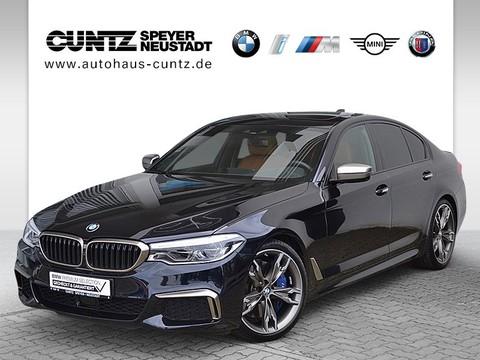 BMW M550 i xDrive Limousine B&W Hifi