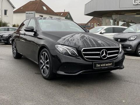 Mercedes-Benz E 200 AVANTGARDE Tr Night